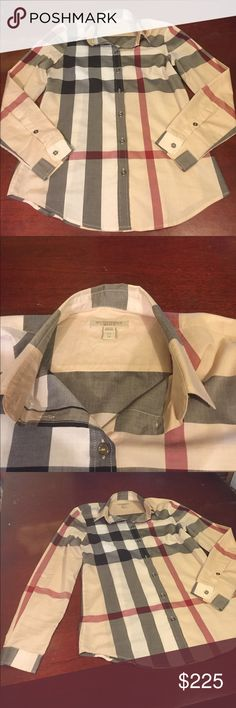 💯Burberry Brit Top🈴 Sleeve:24inches/Body:27 1/4 inches. Great Top... very gently worn ❤️💯will go, don't let this love ❤️ pass You by. Burberry Tops Button Down Shirts