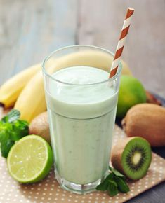 Om bananen altijd bij de hand te hebben kun je bananen invriezen, ideaal voor smoothies en bananenijs. Een banaan invriezen doe je zo! Enjoy!