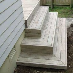 best deck stair designAll images / content are copyright Deckreation 2011 Patio Steps, Outdoor Steps, Cool Deck, Diy Deck, Porch Stairs, Stairs For Deck, Exterior Stairs, Garage Stairs, Front Stairs