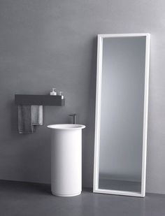 If you are planning to build a new bathroom, or redesign your old one, this wash basin is perfect for it. This wash basin is designed in minimalist rounded Minimal Bathroom, Modern Bathroom, Bathroom Mirrors, White Bathroom, Bathroom Furniture, Bathroom Interior, Design Bathroom, Office Furniture, Bathroom Ideas