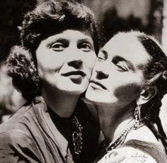 Frida Kahlo and Tina Modotti cheek to cheek.