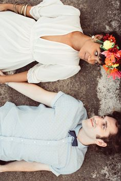 Unique and fun engagement photos | Kama Catch Me - Fiji Wedding Photography | see more on: http://burnettsboards.com/2014/11/choice-engagement-session-fiji/