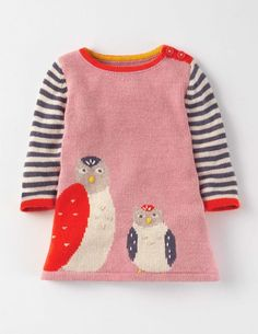 Our soft knitted dress with its fun logo will brighten up even the gloomiest of days. Its long sleeves will keep precious bundles cosy when there's a nip in the air. And there's no need to worry about messy mealtimes as it's machine washable (phew). Toddler Fashion, Kids Fashion, American Girl, Big Knits, Baby Pullover, Cool Baby Stuff, Kids Wear, Baby Boy Outfits, Baby Knitting