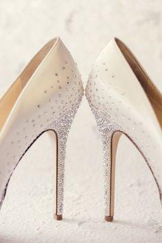 Whistler Wedding: A Canadian Winter Wonderland - MODwedding