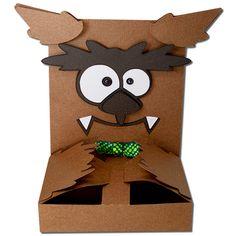JMRush Designs: Werewolf Hug Treat Box