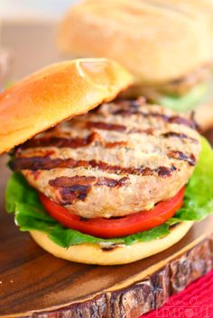 Fire up that grill and throw on these Inside Out Turkey Cheeseburgers! Loaded with flavor and filled with fresh mozzarella cheese, green onions, and Dijon mustard - these easy burgers are going to light up your of July celebration! // Mom On Timeout Easy Turkey Burger Recipe, Best Turkey Burgers, Turkey Recipes, Chicken Recipes, My Favorite Food, Favorite Recipes, Cowboy Beans, Spinach Strawberry Salad, Ambrosia Salad