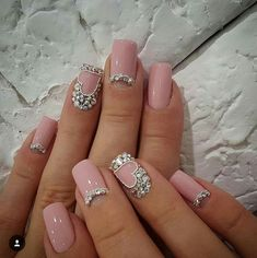 Classic & Delicate French Manicure & other Beautiful Nail Art Designs 2016 2017 Nail Art Designs 2016, Pretty Nail Designs, Trendy Nail Art, Nail Art Diy, Cute Nails, Pretty Nails, Jolie Nail Art, Nagel Bling, Bridal Nails