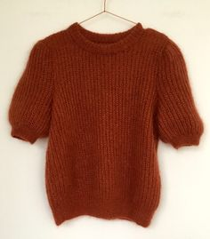 Diy Crafts - Knitting Patterns Lace Stitches Charts Ideas For 2019 Cable Knitting Patterns, Knitting Stitches, Free Knitting, Knitwear Fashion, Knit Fashion, Diy Crafts Knitting, Batik, Winter Fashion Outfits, Pulls