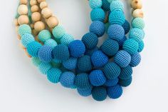 Caribbean Breeze Nursing Necklace - blue gradient - teething necklace, breastfeeding, babywearing, wooden teether - FrejaToys