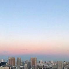 【chama_sei】さんのInstagramをピンしています。 《😳🌸💎🍊 #sky #blue #bluesky  #beautiful #clouds #art  #picture #photo #camera  #pastel #pink #orange  #amazing #sea #nature  #awesome #light #winter #sunset #sunny  #travel #trip #earth  #japan #view  #空 #旅行 #自然 #日本 #海》
