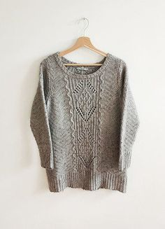 Kup mój przedmiot na #vintedpl http://www.vinted.pl/damska-odziez/swetry-z-dzianiny/15757398-marksspencer-welna-aplaka-sklad-dobra-jakosc-cieply-sweter-jesien-szary-minimalizm-klasyka-basic
