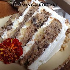Hummingbird Cake - sounds moist and yummy! Might be a good supper club dessert. Just Desserts, Delicious Desserts, Yummy Food, Sweet Recipes, Cake Recipes, Dessert Recipes, Yummy Recipes, Cheese Recipes, Recipies