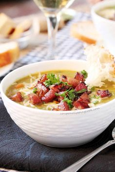21 Mouth Watering Slow Cooker Recipes To Keep You Warm This Winter Slow Cooker Mexican Beef, Slow Cooker Pork Belly, Slow Cooker Beef, Slow Cooker Recipes, Crockpot Recipes, Rice Cooker, Split Pea Ham Soup, Pea And Ham Soup, Pea Soup