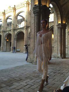 #desfile #monasteriosanjeronimo #sevilla #SIQHandcraft&Fashion #AlejandroPostigo #novia #moda #topflecos #pantalon #AgenciaDobleErre #RaquelRevuelta
