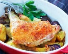 Cuisses de poulet aux pommes de terre rôties au four pour déjeuner léger : http://www.fourchette-et-bikini.fr/recettes/recettes-minceur/cuisses-de-poulet-aux-pommes-de-terre-roties-au-four-pour-dejeuner-leger