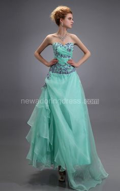 US$89.50-Strapless Sweetheart Sleeveless Organza Green Prom Dress 2016. http://www.newadoringdress.com/organza-sweetheart-dress-with-embroideries-and-ruching-pGC_312024.html. Shop for cheap prom dresses, party dresses, night dresses, maxi dresses, little black dresses, junior prom dresses, girls prom dresses, designer prom dresses for sale. We have great 2016 prom dresses on sale. Buy prom dresses online at NewAdoringDress.com today!