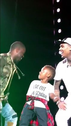 CB gets rid of  his stress after his baby secret became public the 25-year-old Chris Brown hits the stage with his Nephew, Kevin Hart and Tyga to perform Loy