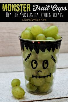 Monster Fruit Cups ~ Fast and Easy Healthy Halloween Treats Monster Fruit Cups ~ Fast and Easy Healthy Halloween Treats. Hallowen Party Monster Fruit Cups ~ Fast and Easy Healthy Halloween Treats , Healthy Halloween Treats, Halloween School Treats, Easy Halloween, Halloween Parties, Hallowen Party, Halloween Cups, Halloween Goodies, Halloween Activities, Halloween Christmas
