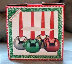 The Cook's Bazaar Set of 4 Vintage Christmas Ball Candleholders