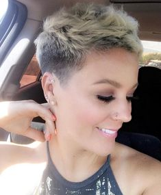 40 Pretty Pixie Hairstyles (April 2019 Collection) - - Pixie styles are absolutely stunning and can offer a lot of style and fun. It might seem scary…. Short Hairstyles For Thick Hair, Short Pixie Haircuts, Short Hair Cuts, Short Shaved Hair, Shaved Pixie Cut, Pixie Cuts, Pixie Styles, Curly Hair Styles, Blonde Pixie