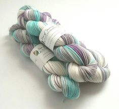 Hand dyed superwash merino/nylon dk wool yarn. Variegated winter Snow on Snow yarn. Double knit. Knitting wool, crochet wool. UK indie dyer by FeltFusion on Etsy