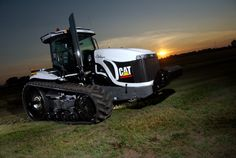 HOLT AgriBusiness offers parts and service on all equipment we sell, including AGCO, CLAAS, Lexion and CAT machines. When custom solutions or custom parts are needed, Holt Ag can make custom engineered parts. Cat