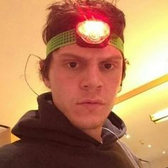 Booboodaddy's Icon on Twitter and Instagram. Follow rickysturn/evan-peters
