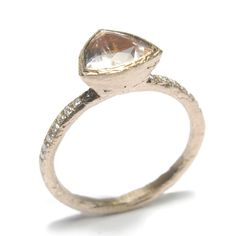 #Etched 9 Carat #RoseGold Band Set with #TrillionCut #Morganite and #BrilliantCut #White #Diamonds by Diana Porter http://www.fldesignerguides.co.uk/engagement-ring-designer/dianaporter