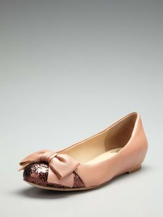 862ef0a3556546 Pour La Victoire Erna Glitter Toe Flat Ballet flat Leather upper Glitter  detail and bow at