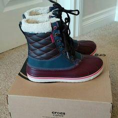 c561c573ae6ff1 Croc Duck Boots NWT Fun