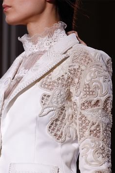 Valentino - Haute Couture Spring Summer 2012 - Shows - Vogue.it