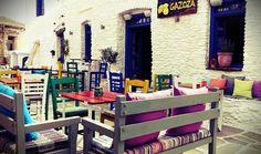 Coffee Shop Design, Coffee Drinks, Vintage Shops, Loft, Greece, Outdoors, Furniture, Home Decor, Architecture