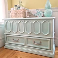 This is a gorgeous vintage piece with a new fresh look. This chest ...