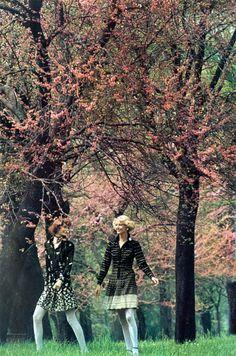 Photo by Peter Knapp Vogue Italia 1973