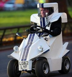 I just can't help laughing at the looks of this (and having watched Top Gear)...    Jeremy Clarkson drives the car of the future!