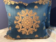 SCHUMACHER HISTORICAL BEE MEDALLION; ROBERT ALLEN BLUE VELVET CUSTOM PILLOWS in Collectibles | eBay
