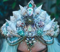 mermaid, crown, and blue image Looks Halloween, Mermaid Crown, Mermaid Bra, Headpiece Jewelry, Mermaids And Mermen, Pretty Mermaids, Magical Jewelry, Mermaid Tails, Circlet