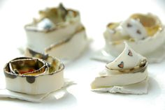 Margrieta Jeltema's Ceramics and Photography Panna Cotta, Porcelain, Ceramics, Ethnic Recipes, Jewelry, Food, Ceramica, Dulce De Leche, Porcelain Ceramics