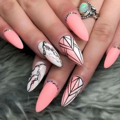 100 Best Nails Summer 2019 Color Trends Ideas - Fashion and Lifestyle Sea Nails, Tribal Nails, Tribal Nail Designs, Geometric Nail Art, Short Nails Art, White Nail Art, Minimalist Nails, Best Acrylic Nails, Bling Nails