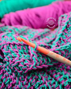 Happy Monday! Brightening up the day with some colors on this raining day. . . #crochet #crocheter #crocheters #crocheting #crochetlife #crochetersofinstagram #yarn #makersgonnamake #knitting #mermaidtailblanket #crochetaddict #chunkyknits