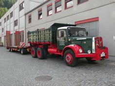 •♥• SAURER Diesel ♥1• #SAURER+Diesel  | Treffen historischer Nutzfahrzeuge 2013 in Leoben Beitragvon Helmut P. am 28. September 2013, 06:07  Mannsbart Dump Trucks, Big Trucks, Steyr, Swiss Cars, Heavy Truck, Busses, Vintage Trucks, Classic Trucks, Diesel