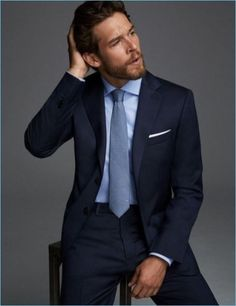 Simple dapper combo with a navy suit light blue shirt light blue silk tie white pocket square Mens Fashion Suits, Mens Suits, Classic Mens Fashion, Fashion Shirts, Fashion Fall, Terno Slim, Der Gentleman, Wedding Suits, Menswear