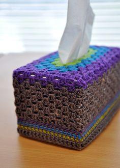Tissue box cozy