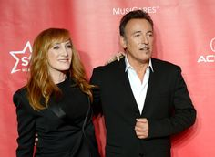 Patti Scialfa Photos: The 2013 MusiCares Person Of The Year Gala Honoring Bruce Springsteen - Arrivals
