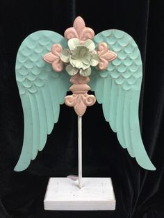 """NWT Large 20"""" Romantic Angel Wing Standing Decor, Metal - Shabby Style"""