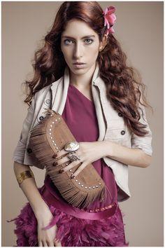 NAJHA LAS PALMAS - Saiba mais em www.najha.com # facebook# instagram # pinterest# najhabags # modaemcortiça # cork # Sari, Womens Fashion, Dresses, Facebook, Instagram, Fringes, Woman, Templates, Feminine Style