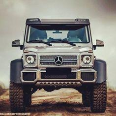 :: Mercedes G63 6x6 AMG ::