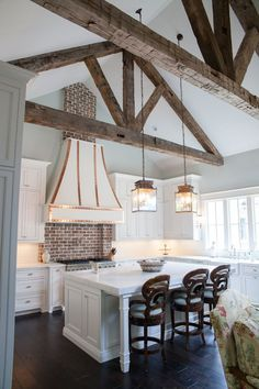 Cottage Style Guest House Home Bunch Interior Design Ideas. Night Pasture Farm Chelsea VT Modern Timber Home. Reclaimed Acccent Walls Ceiling Ideas Whole Log Lumber . Home and Family Sweet Home, Traditional Kitchen, Traditional Decor, Home Decor Inspiration, Decor Ideas, Room Ideas, Design Inspiration, New Kitchen, Kitchen Island