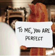 Denny's 'Love Actually' spoof GIF: Andrew Lincoln is the bacon Make Me Happy, Make Me Smile, Diner Recipes, Diner Food, Love Actually, Gluten Free Treats, You Are Perfect, I Love Food, Story Of My Life
