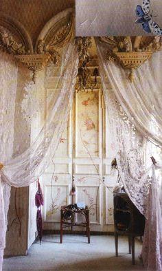 Interior♥.•:*´¨`*:•♥Virginia's beautiful home.